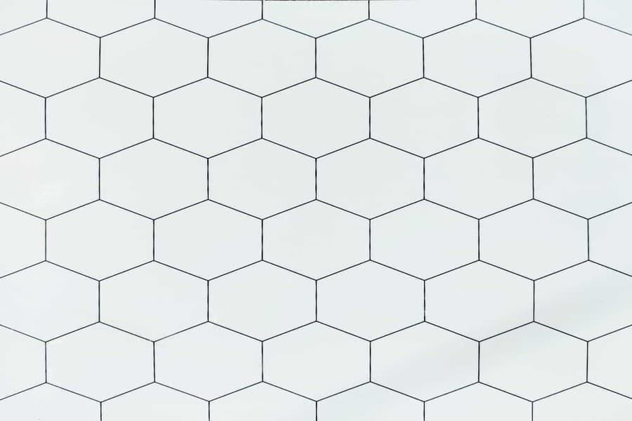 Самоклеюча вінілова плитка СВП 212 білі соти глянець 600х600х1,5мм в Україні. Доступні ціни магазин Буд-Бум