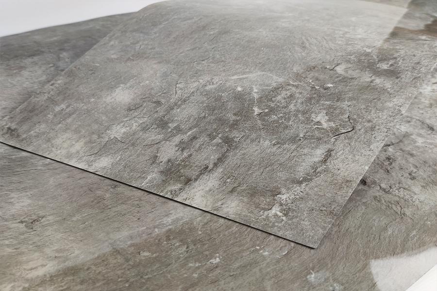 Купити Самоклеюча вінілова плитка СВП 103 сріблястий мармур в Україні. Замов зараз. Доступні ціни інтернет магазин БудБум.